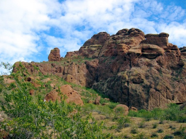 Spring is a good time to hike Echo Canyon