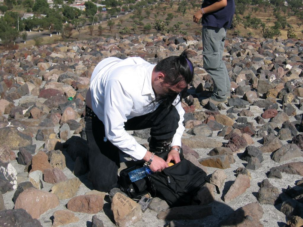 Marc doing something unphotogenic on top of de la Luna