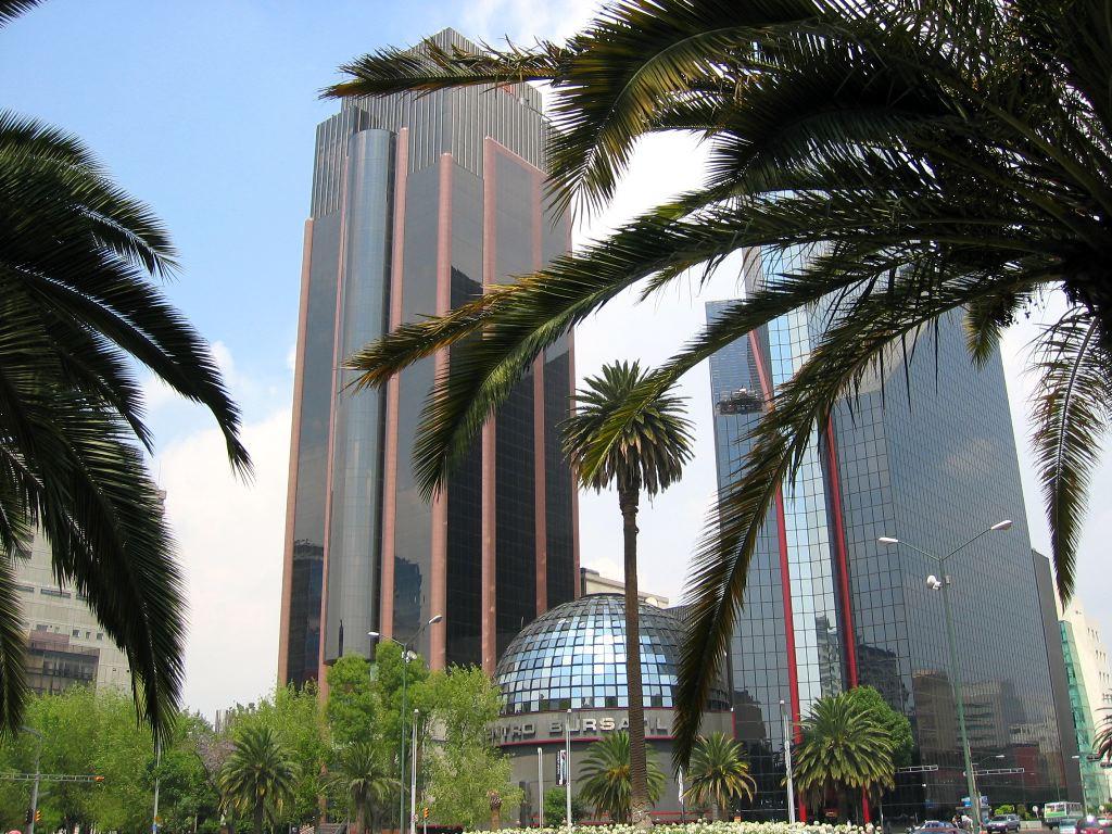 Some groovy looking modern buildings back in Ciudad de Mexico