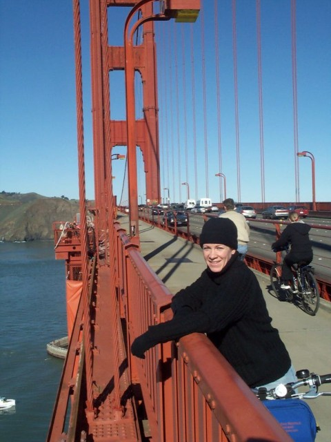 Felon Corrie, fleeing San Francisco on her trusty bike