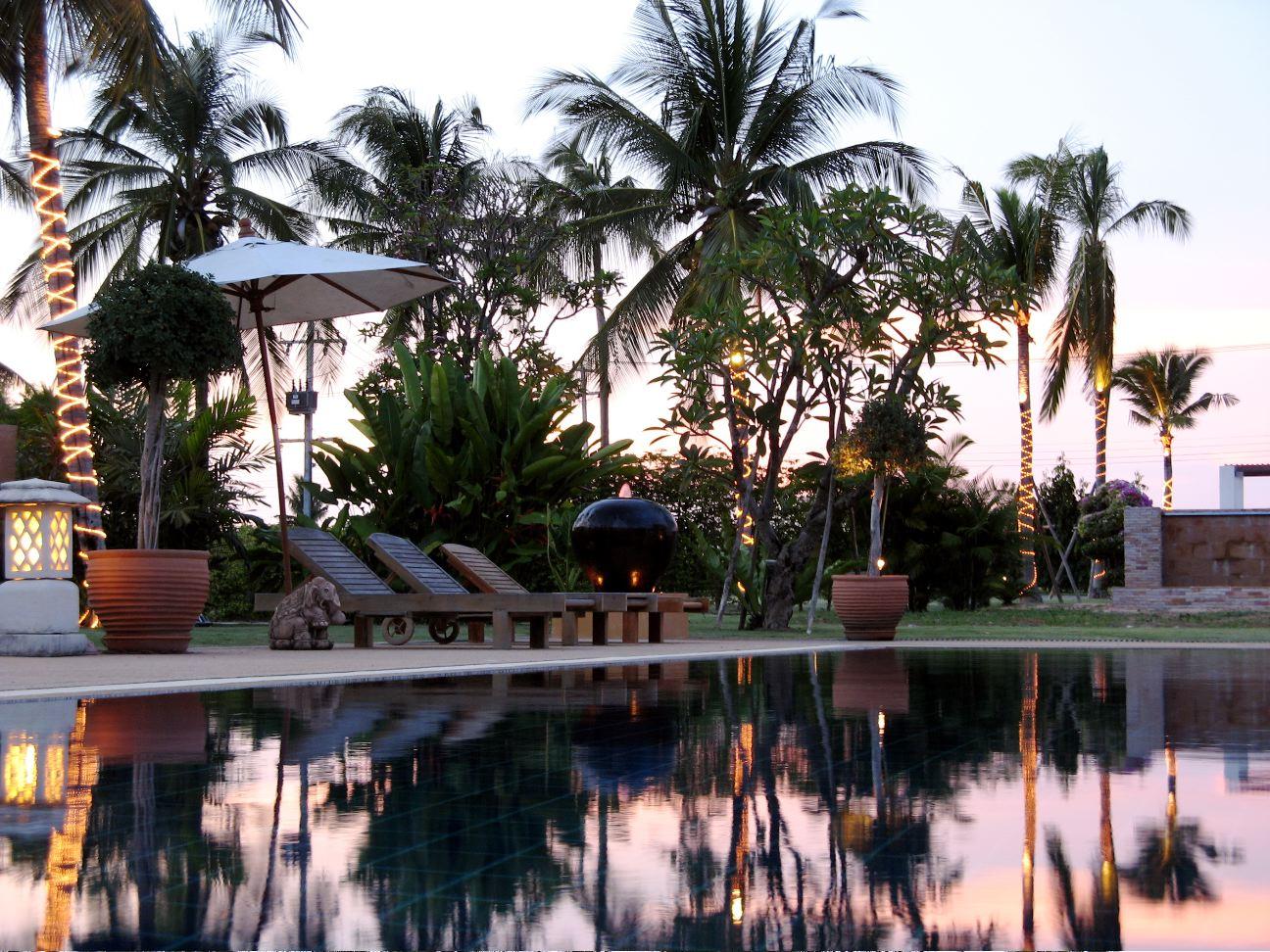 Mmmm, backyard serenity!